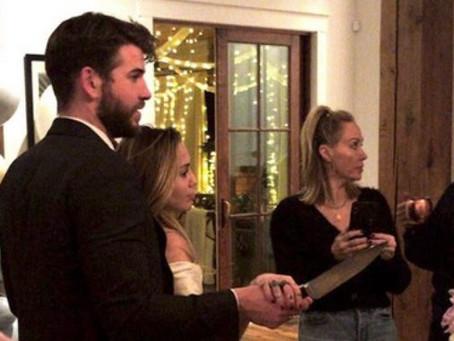 Miley Cyrus y Liam Hemsworth se habrían casado en domingo