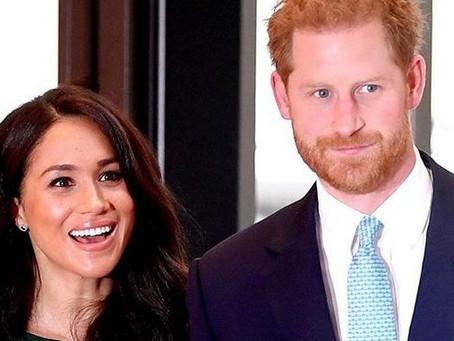 Tras desairar a la reina, Meghan Markle y el Príncipe Harry viajan a Canadá