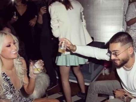 Paris Hilton y Maluma compartieron una noche de copas