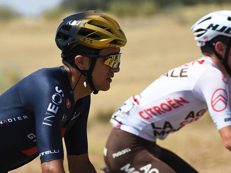 Richard Carapáz es el noveno mejor ciclista en el mundo, según la UCI