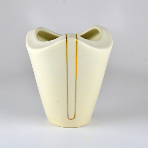 Small Triangle Vase 1