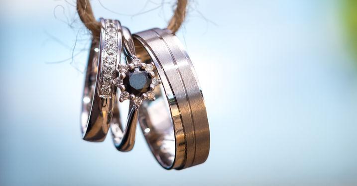 svatební fotografie - prstýnky