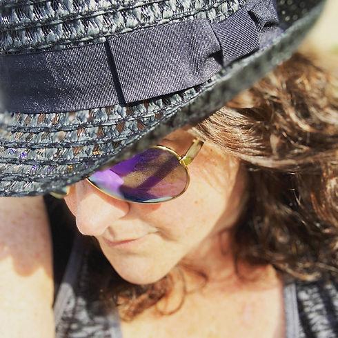 me hat.JPG