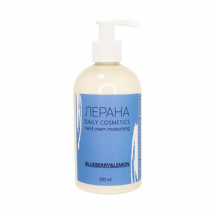 Levrana Лерана - удобен флаконом с дозатором, содержит цитрусовые эфирные масла, в солнечную погоду не стоит выходить с ним на улицу.
