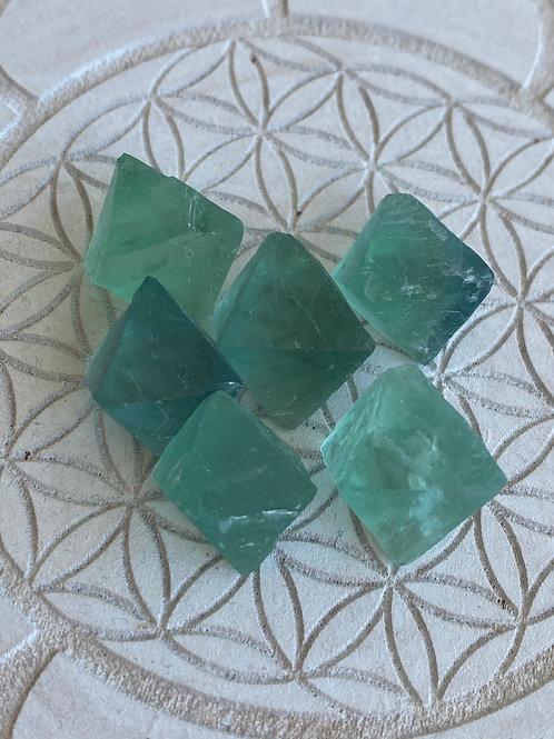 Flourite Octahedron 6 Piece Crystal Grid Set