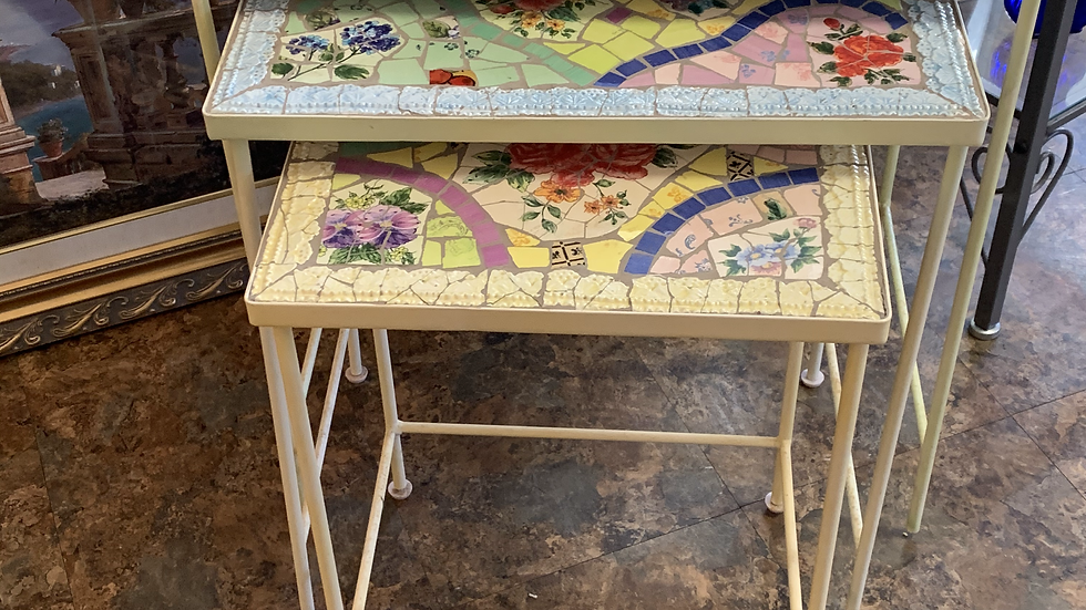 SET/ 3 Nesting Tables ***SOLD***