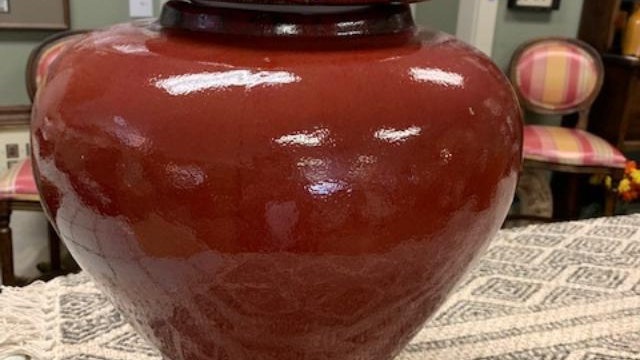 Large Red Pot ***SOLD***