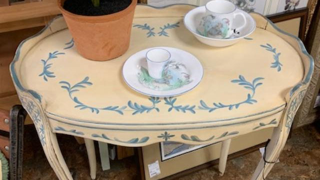French Country Vintage Table ***SOLD***