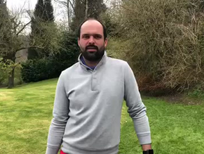 Golf Pros at Home 7: Le Back Swing...