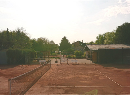 Öffnung der Tennisanlage