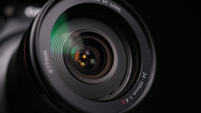 lens-4805012_1920.jpg