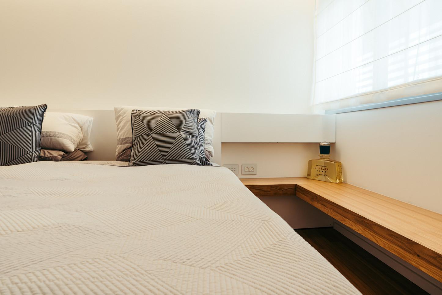 מיטה וגב 2.jpg