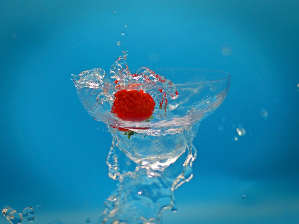 COLOUR - The Splash by Judith Alexander (6 marks)