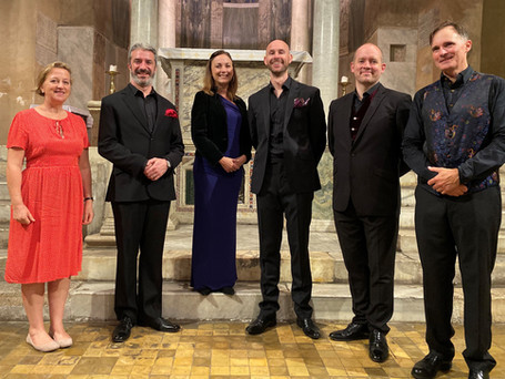 Cappella Fede & Sally Axworthy, British Ambassador to the Holy See