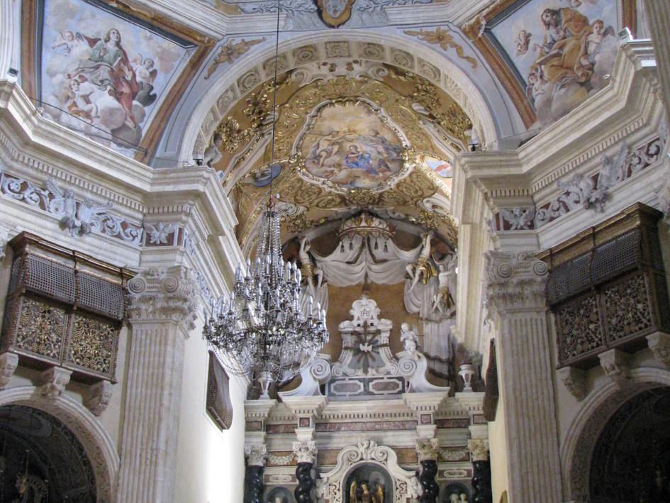 jesuit-church-cagliari-sardinia-interior