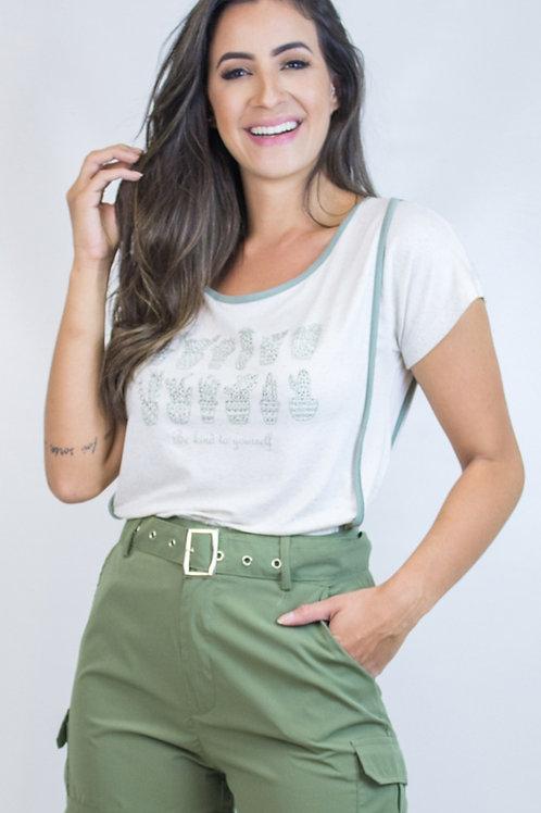 005120 - Shorts Cinto Bolso