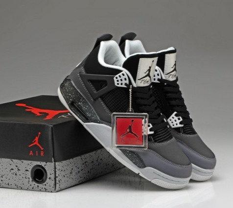 Air Jordan 4 Retro FEAR PACK