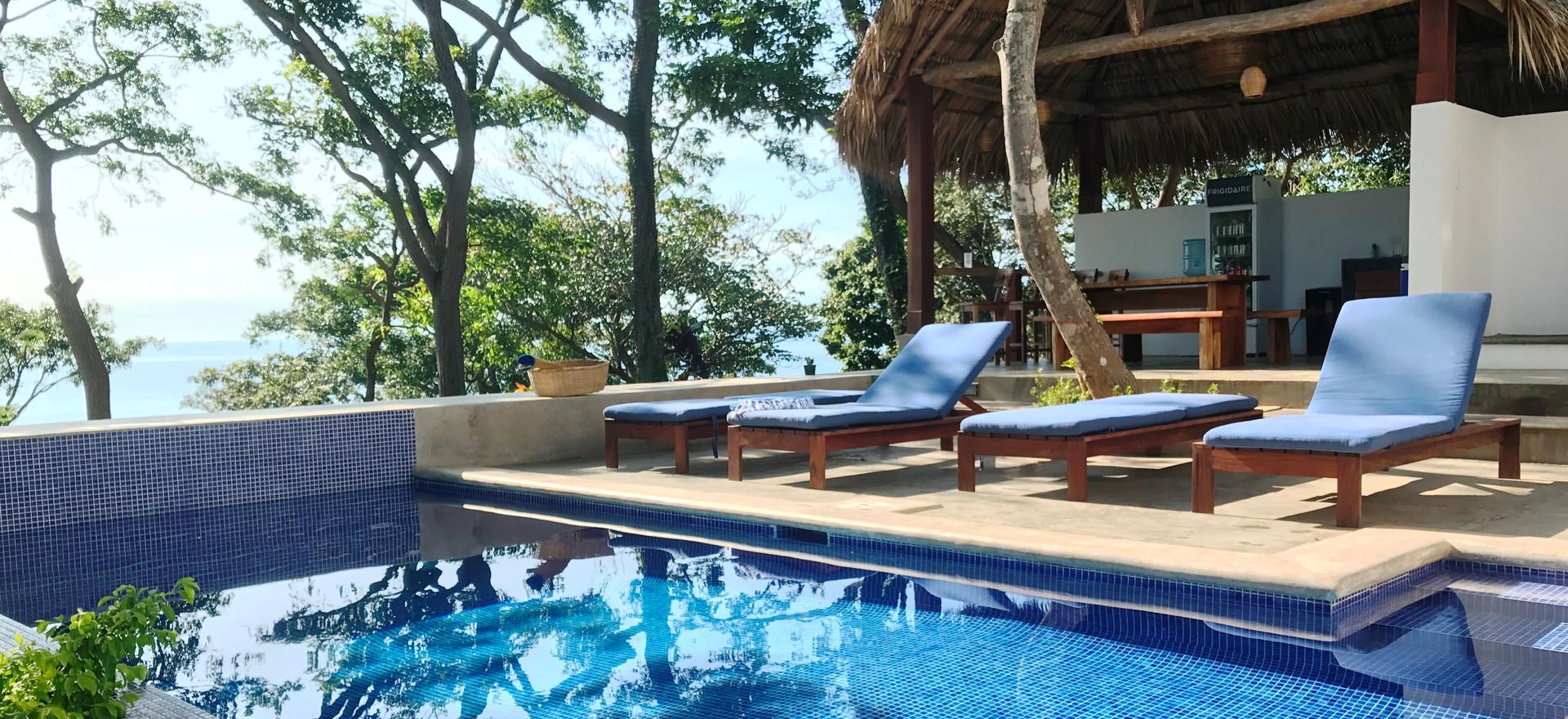 Pool with Ocean.JPG