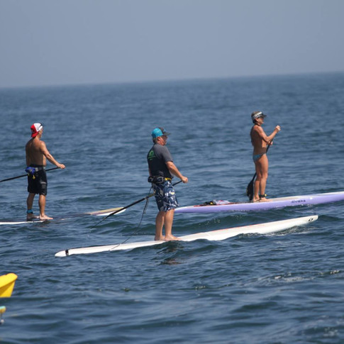 Paddlers off Bow.jpg