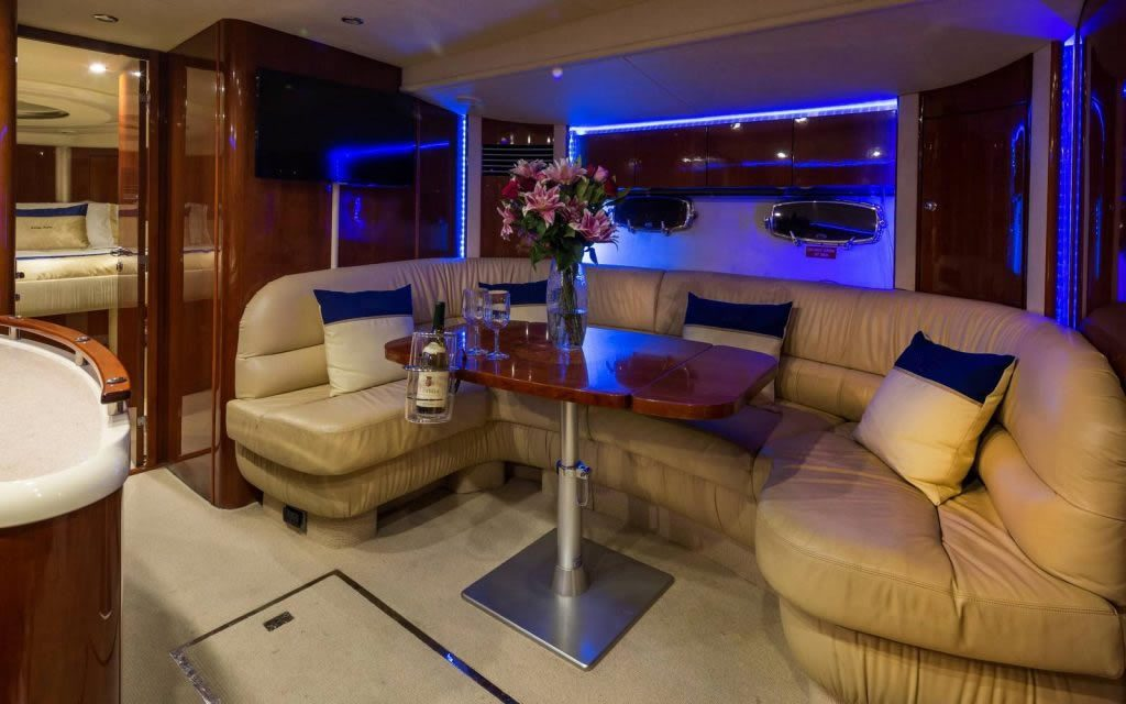 Luxury-Yacht-interior-1024x640_1-1024x64