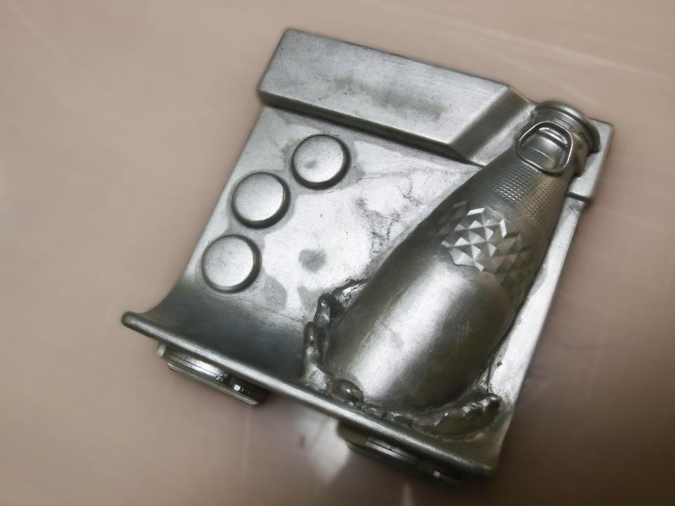 ④ アルミ鋳物金型