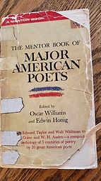 MENTOR BOOKS OF MAJOR AMERICAN POETS.jpg