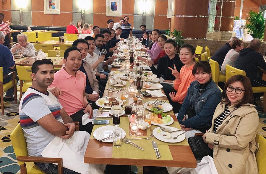 jlx_xmas_dinner2