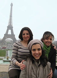 girls trocadero paris