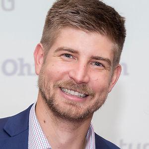 Tim Main Headshot.jpg