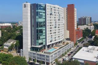 Wall Street Journal: Giới đầu tư quốc tế đổ xô vào Khu căn hộ sinh viên Mỹ