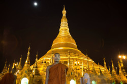 full moon over the Shwedagon Pagoda in Yangon