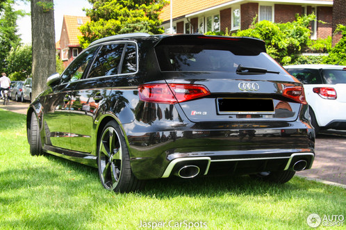 audi rs3 location de voiture de luxe. Black Bedroom Furniture Sets. Home Design Ideas
