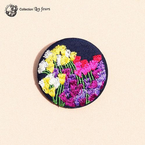 Broche brodée PM 144 Bouquet