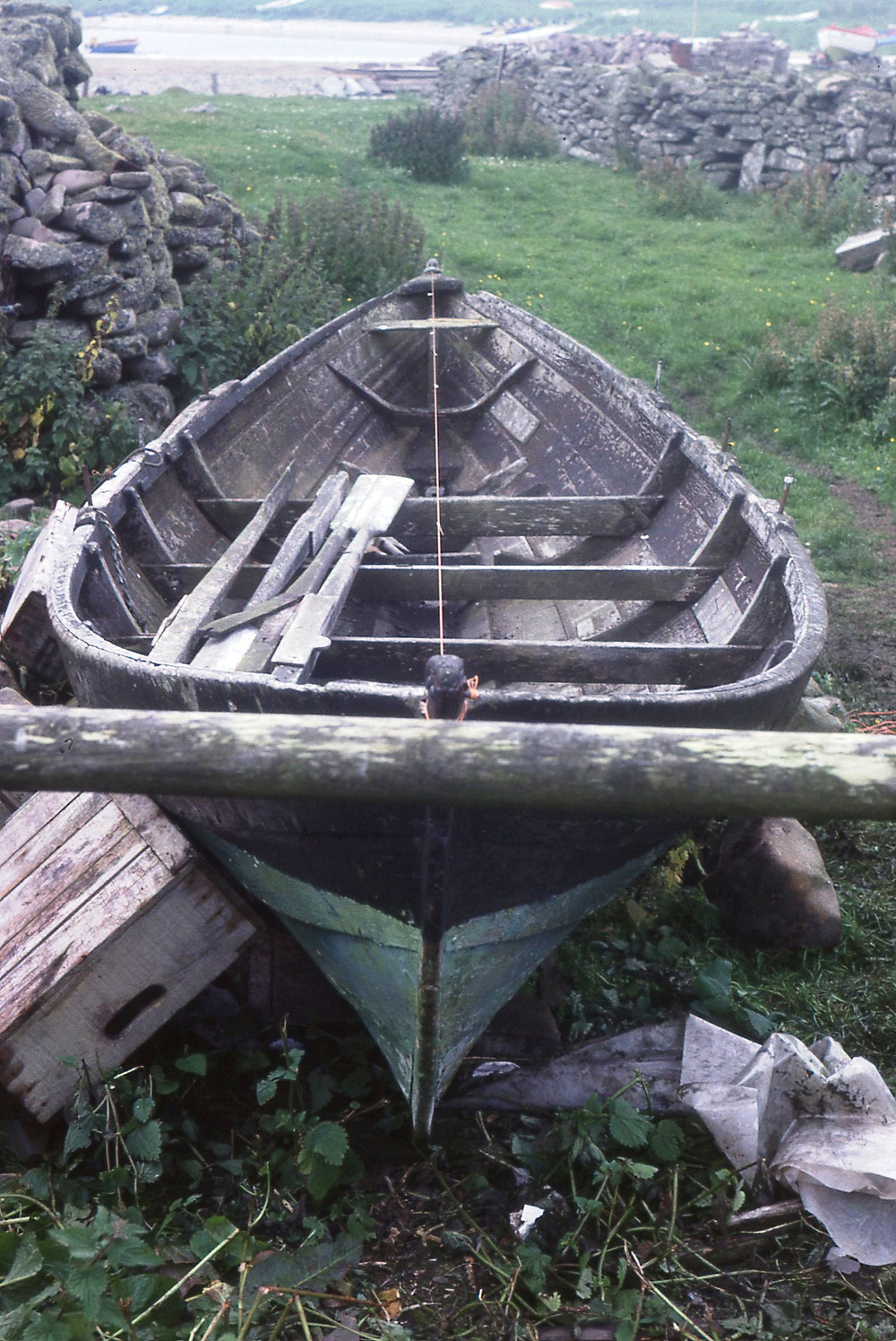 The laid-up Ivy LK237 at Broch Head, 1979
