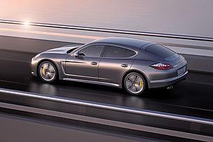 2011_Porsche_PanameraTurboS2.jpg