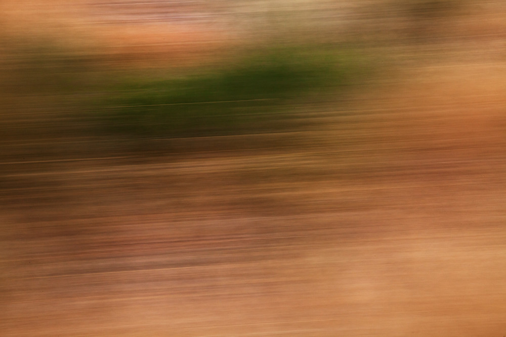 slow shutter speed motion blur abstract photography art commute