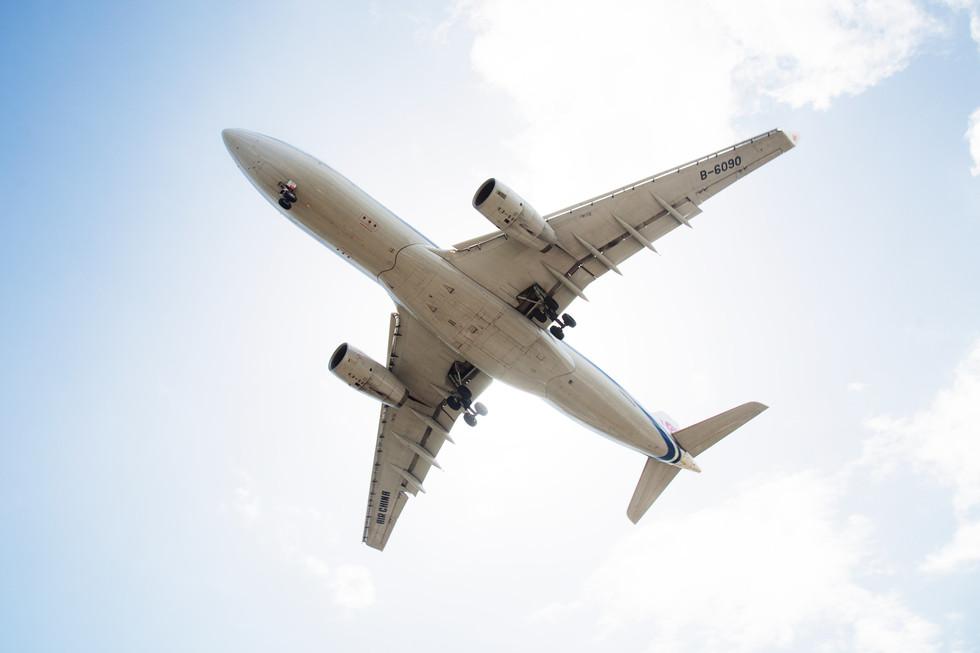 Aviation_takeoff_landing_glide_slope.jpg