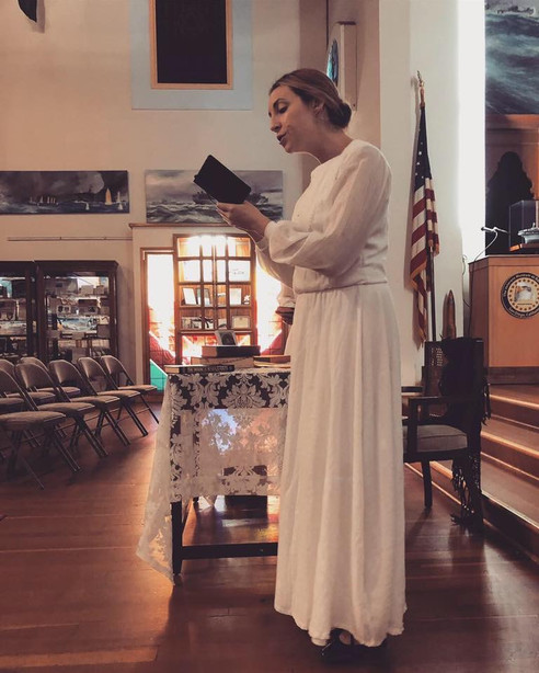 Alyssa Anne Austin as Emily Dickinson with American History Theater