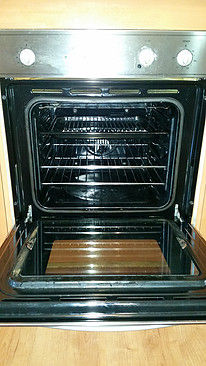 60cm OVEN CLEANING