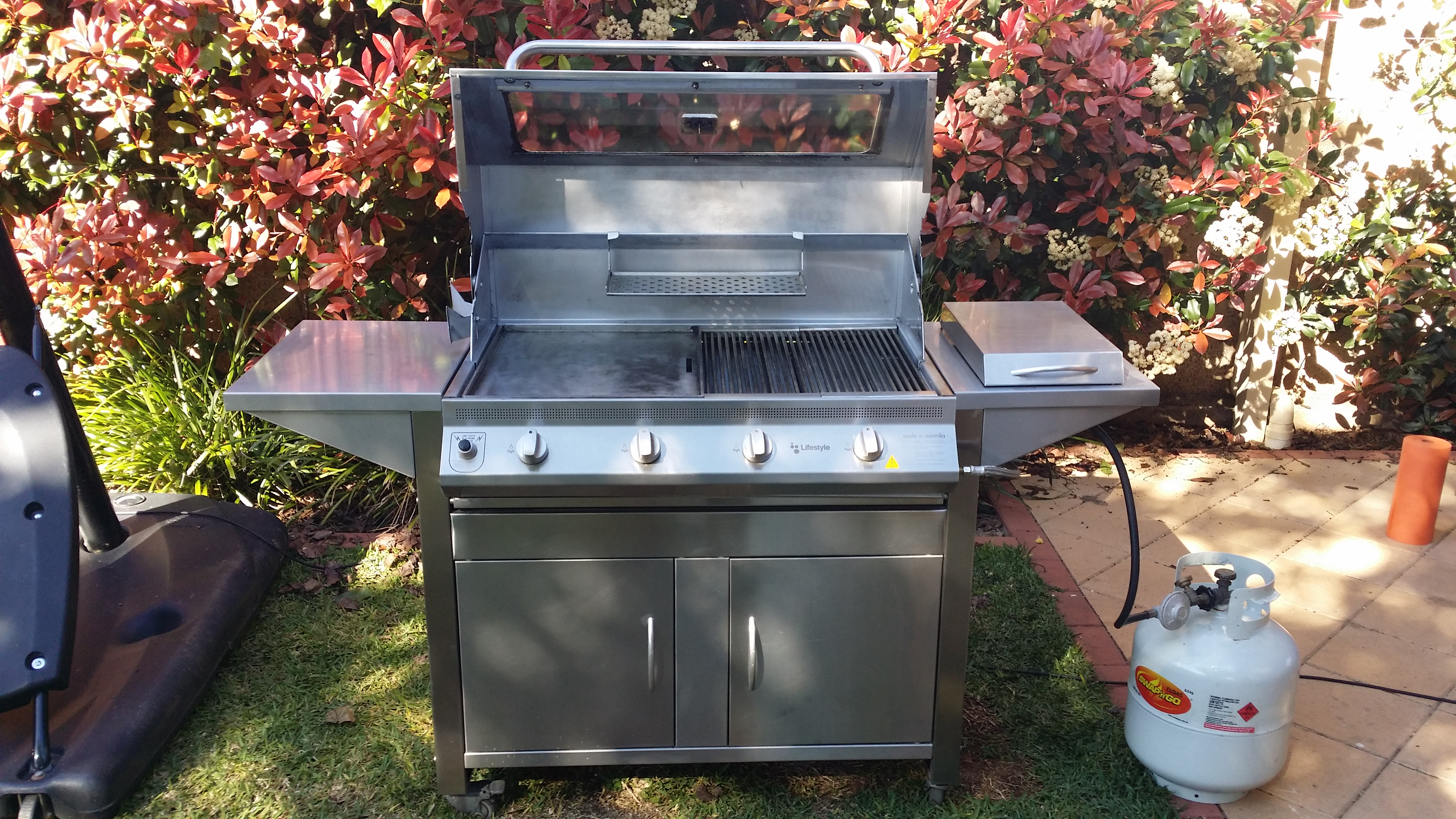 stainless steel bbq clean adelaide