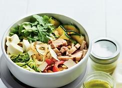 Bol de légumes grillés et poulet