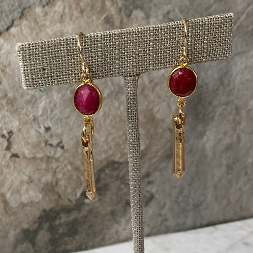 Ruby Satin Gold Point Drop
