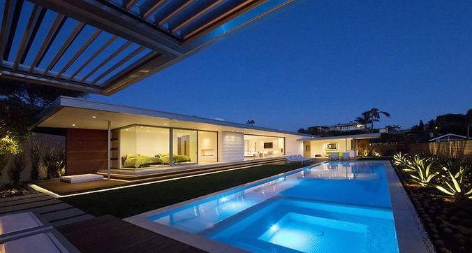 control domotico de exteriores,luces temprizadas.simulacion de presencia,domotizacion de piscinas