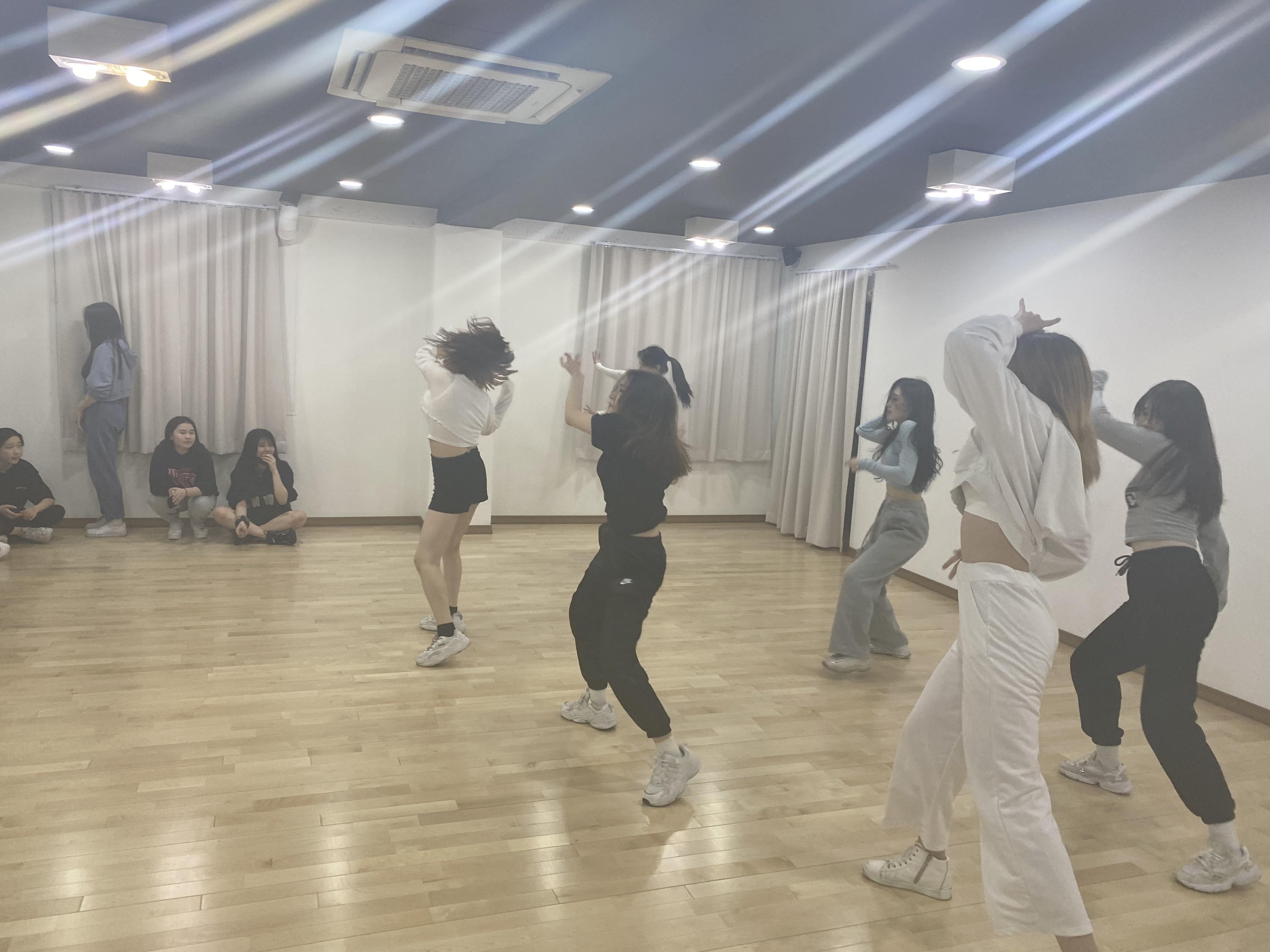 범키 - 미친연애 (feat. E-sens)
