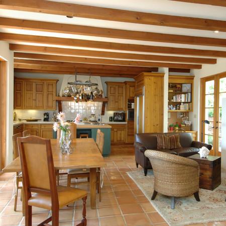 Luminous Living Kitchen
