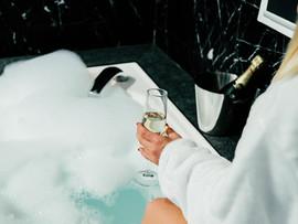 Penthouse spa bath