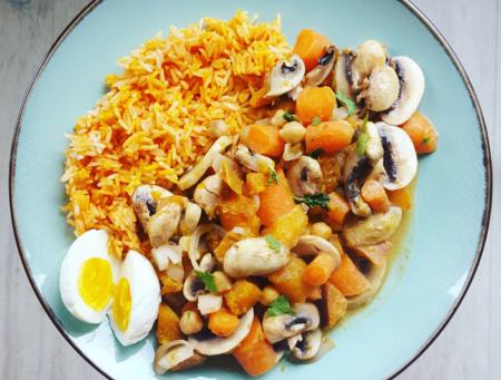Pompoen curry met kikkererwten en rijst