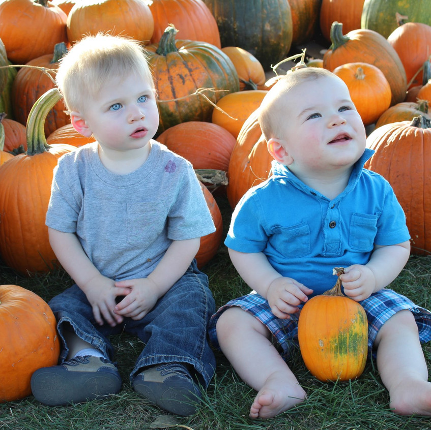 Chase & Ryan at pumpkin patch