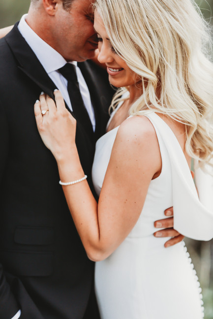 Arizona wedding photographer. Bride and groom at desert wedding in Arizona