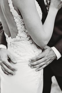 Arizona wedding photographer. Bride and groom at garden wedding in Arizona. Christina J Photography.